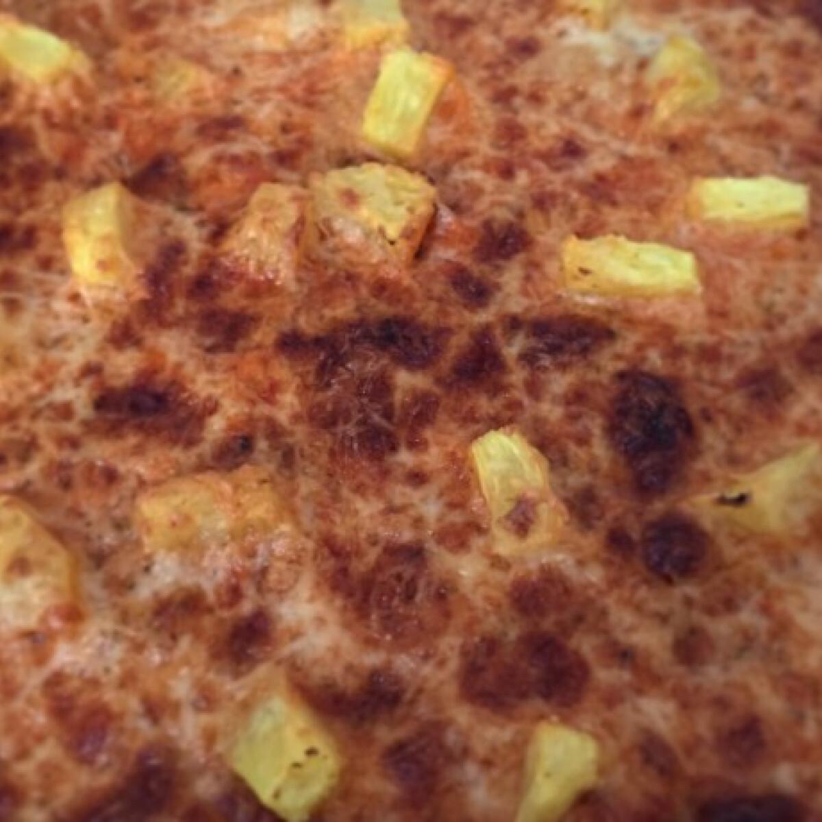 Ezen a képen: Túró alapú pizza
