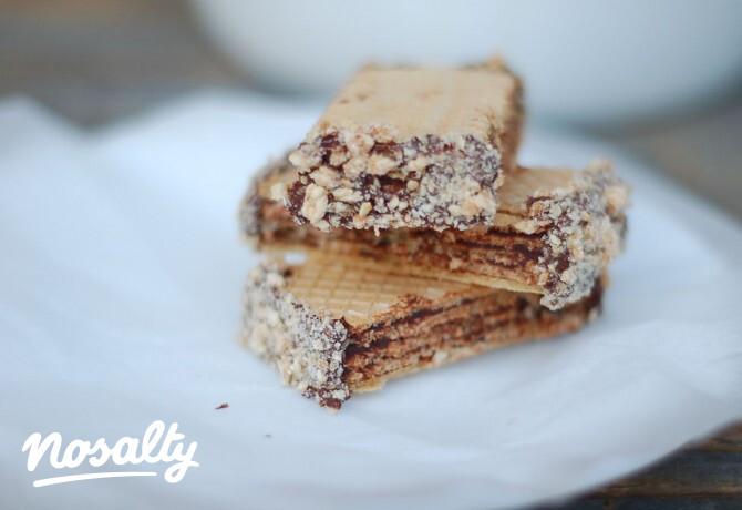 Ezen a képen: Csokis-szezámmagos nápolyi