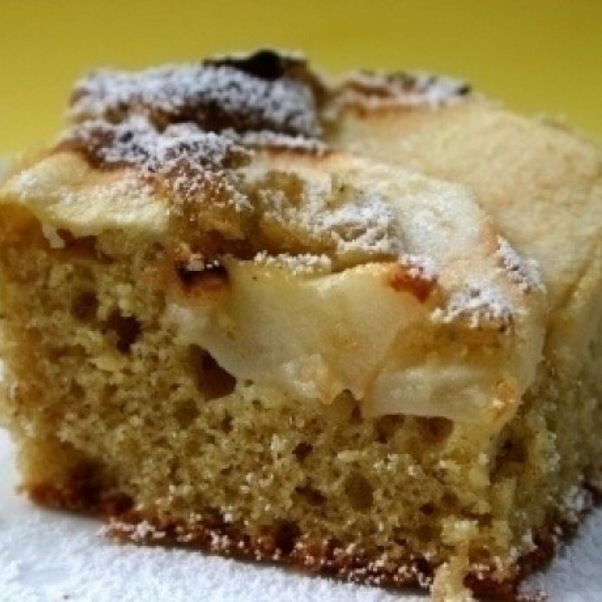 Ezen a képen: Almás sütemény