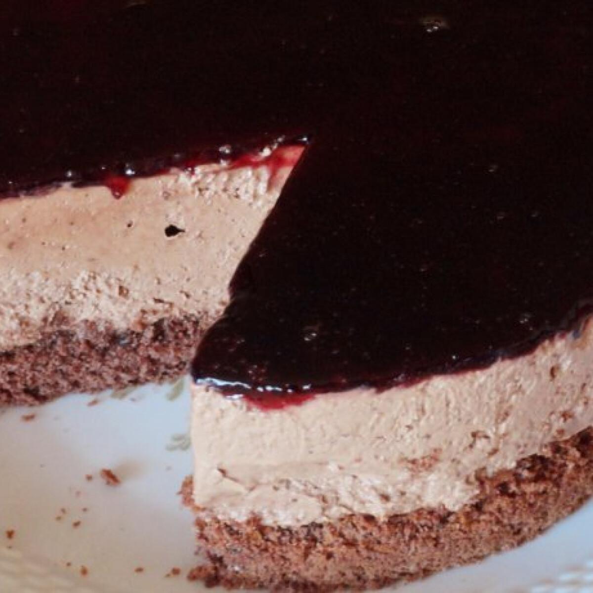 Ezen a képen: Csokoládés-kávés-krémsajtos torta