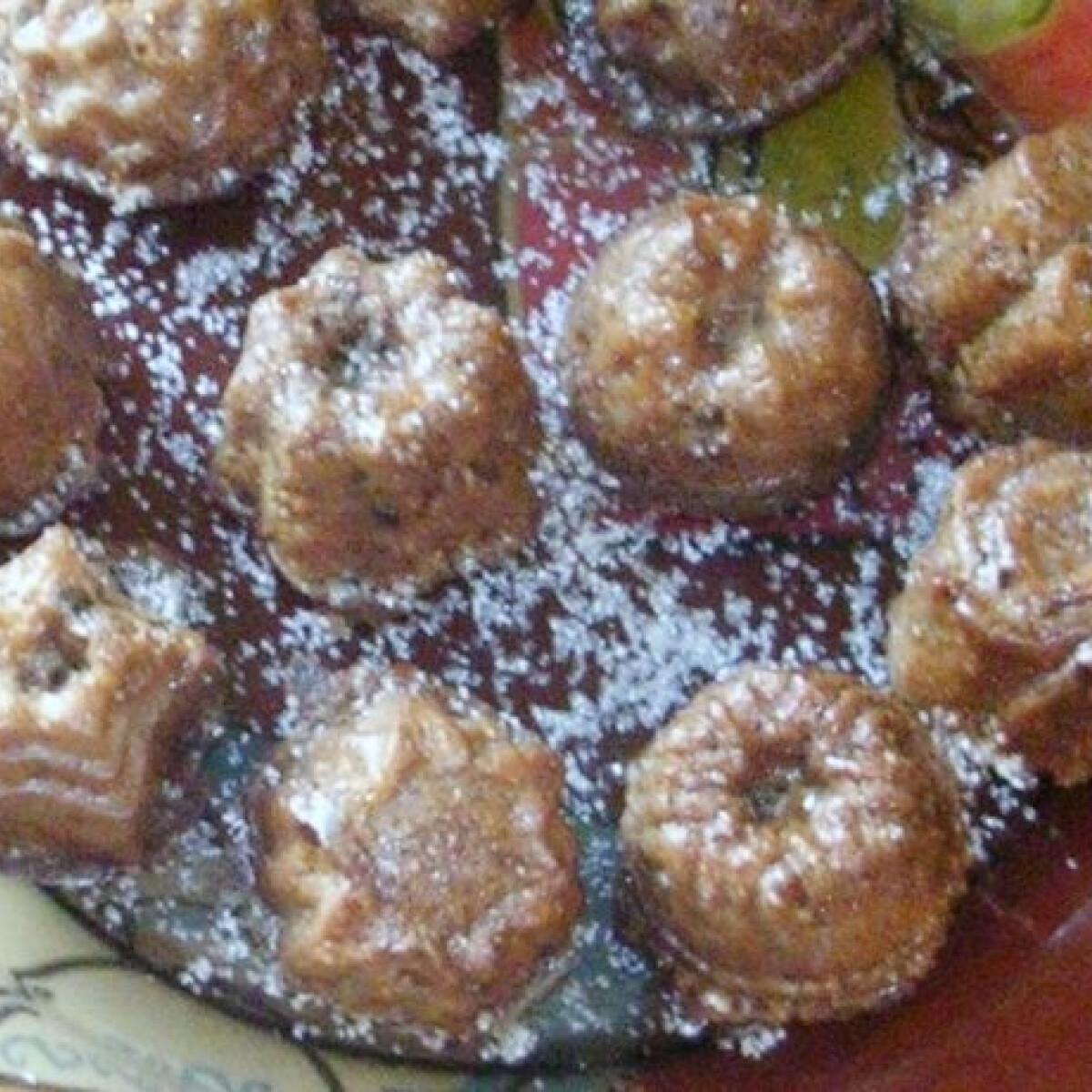 Ezen a képen: Sütőtökös-aszalt szilvás paleo muffin
