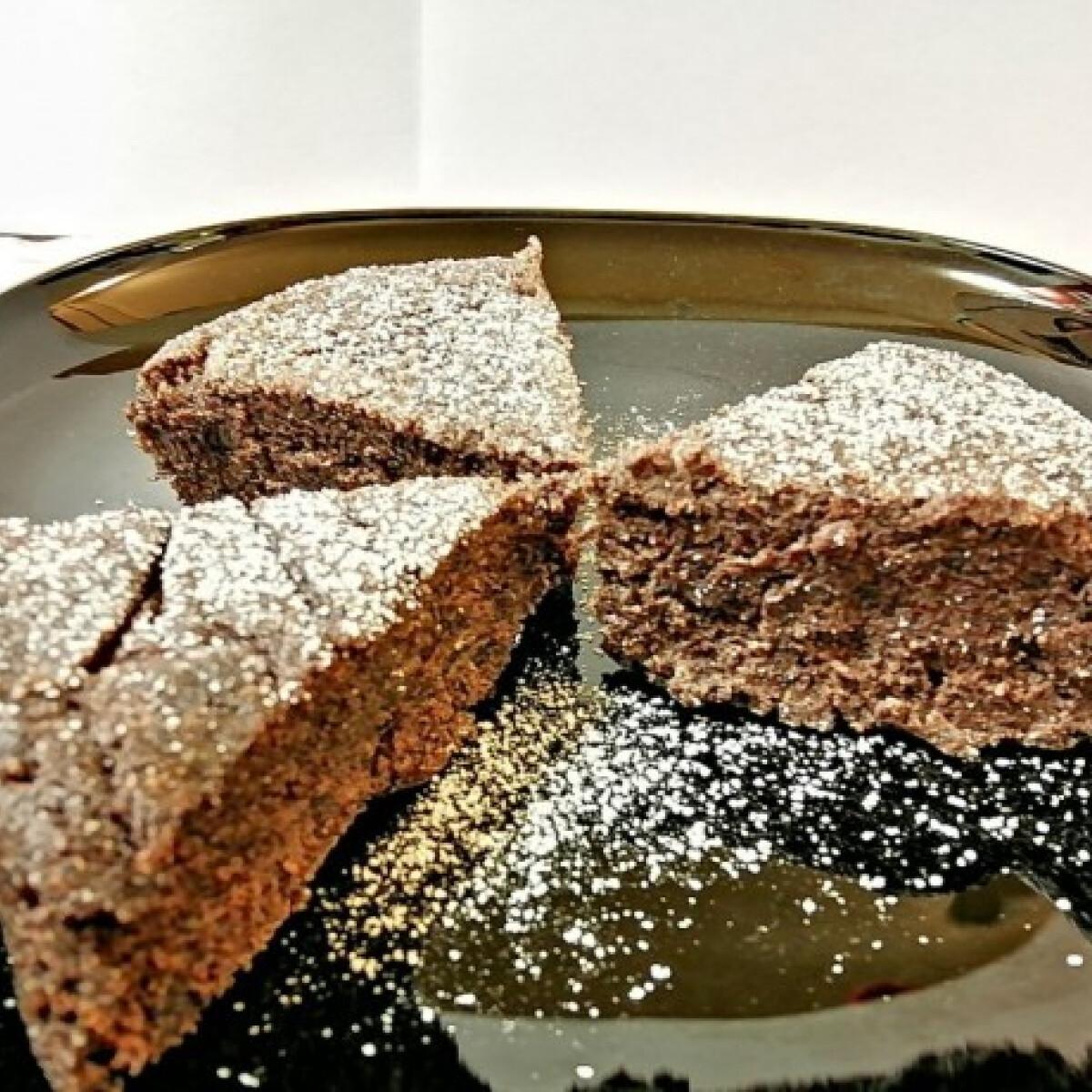 Ezen a képen: Rumos-mákos sütemény