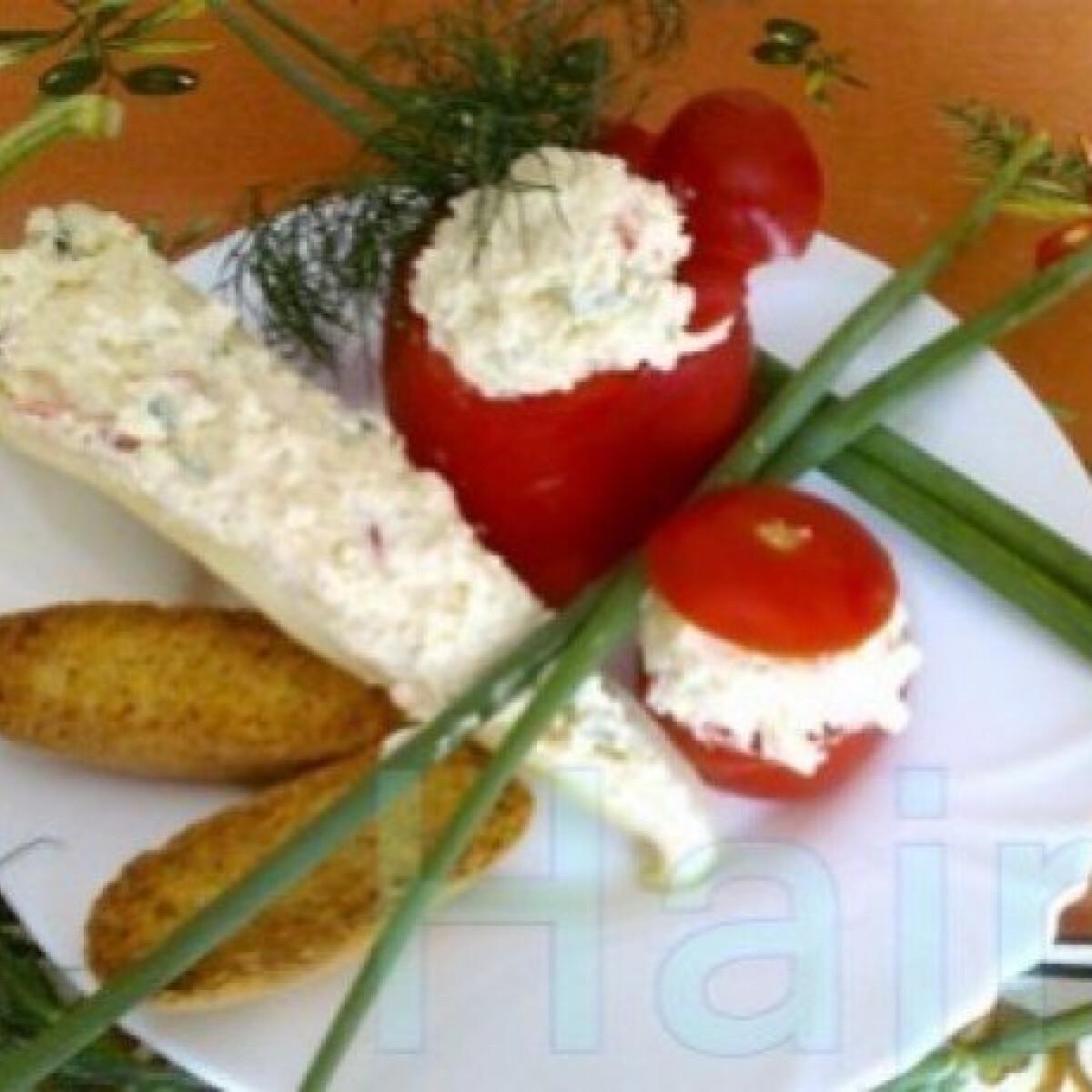 Ezen a képen: Juhsajtos töltött zöldségek