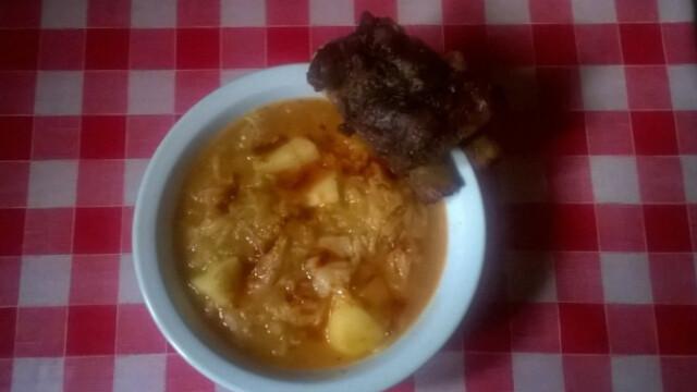 Plutyka azaz kelkáposzta-főzelék sült oldalassal