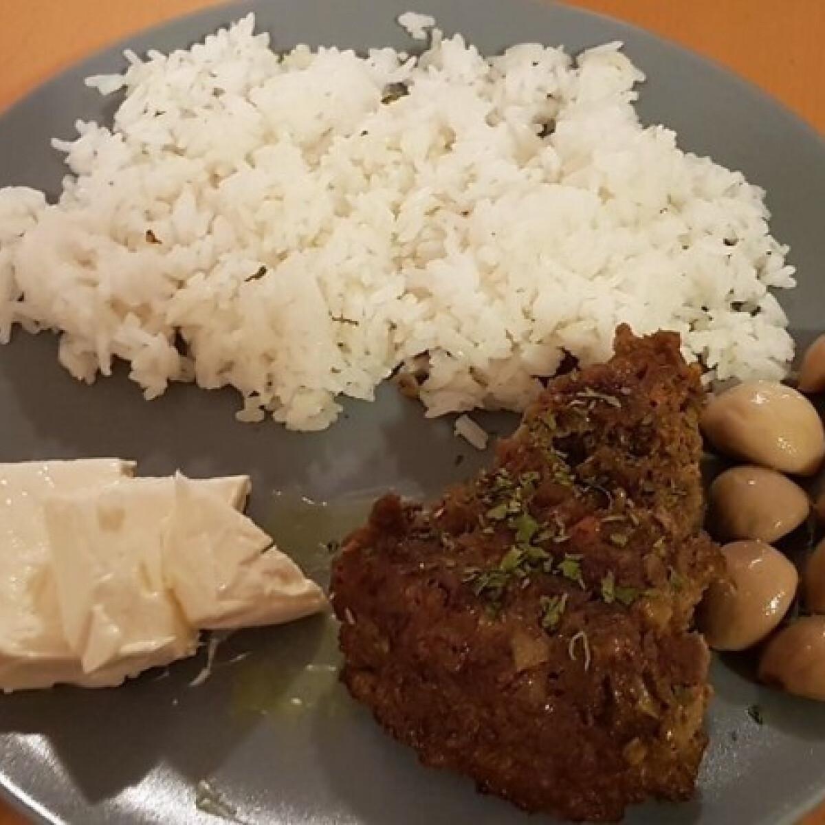 Ezen a képen: Perzsiai serpenyős kebab