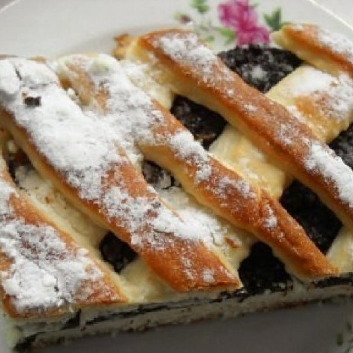 Ezen a képen: Mákos rácsos süti