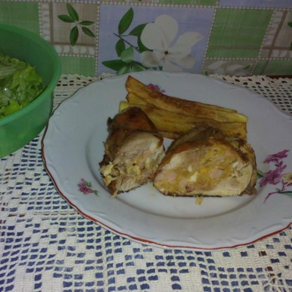 Ezen a képen: Töltött csirkecomb Angie konyhájából