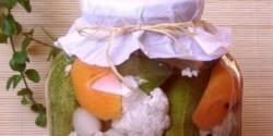 Vegyes savanyúság karfiollal