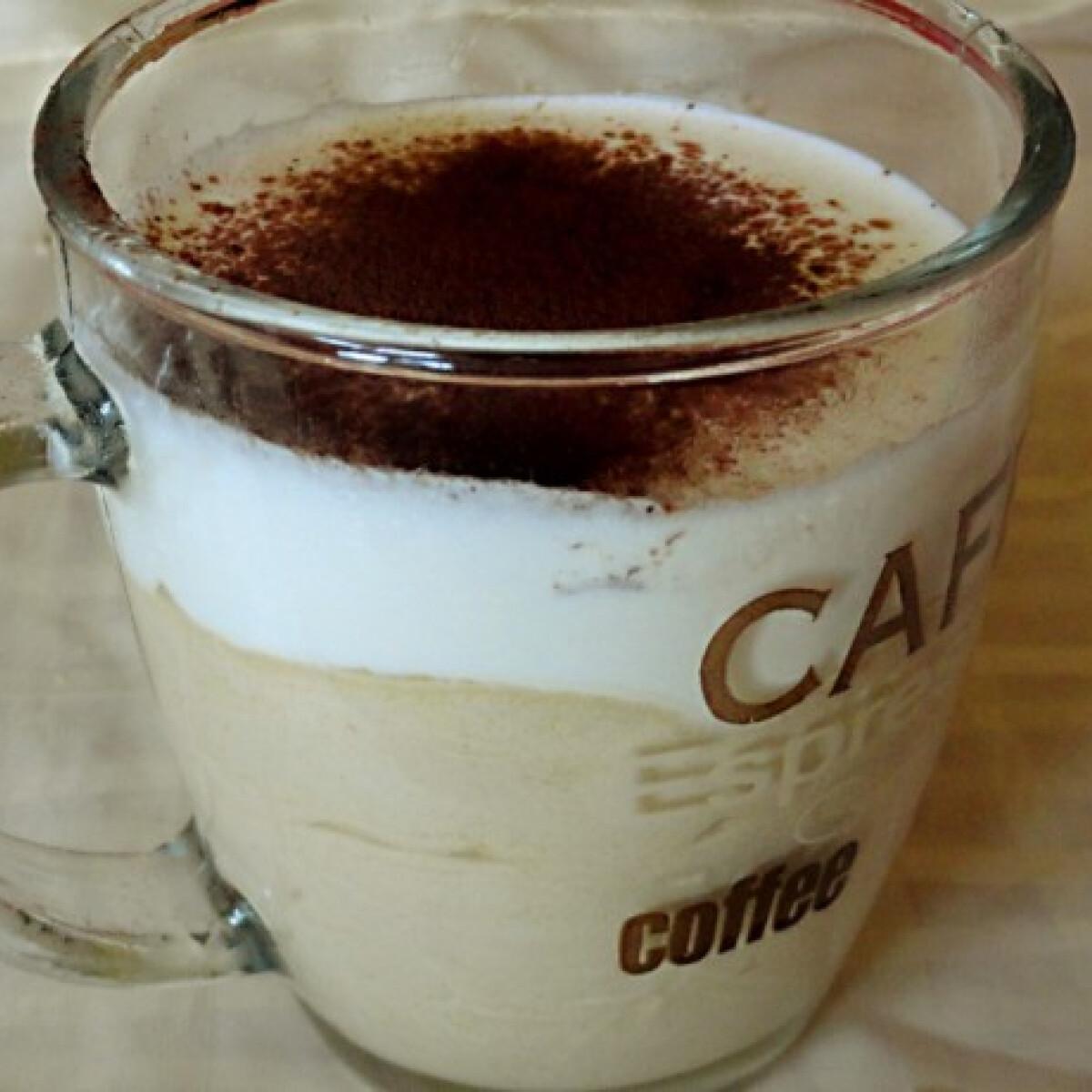 Ezen a képen: Cappuccino-parfé