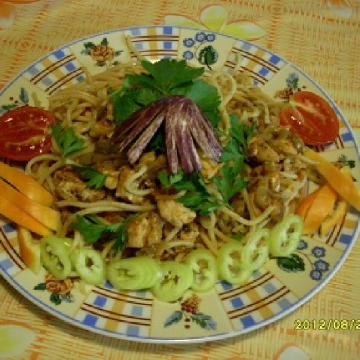 Padlizsános-csirkemelles bolognai