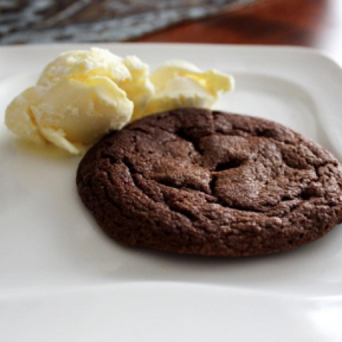 Ezen a képen: Omlós nutellás keksz