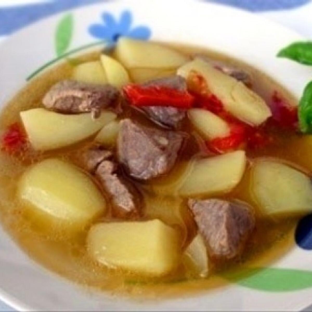 Ezen a képen: Krumplis-húsos egytálétel gluténmentes