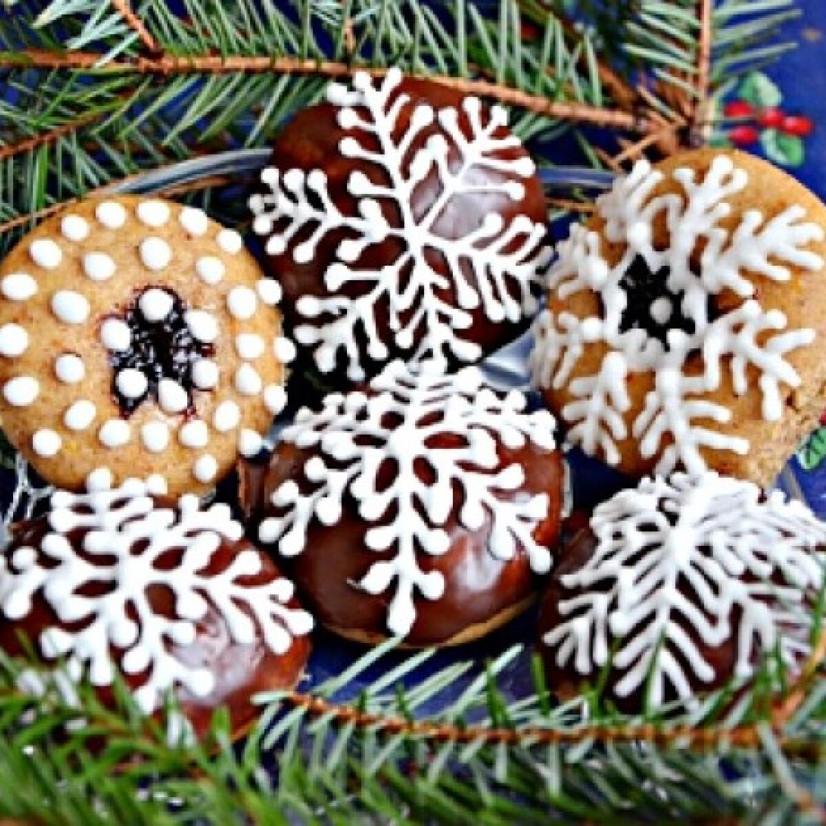 Ezen a képen: Karácsonyi mézes puszedli