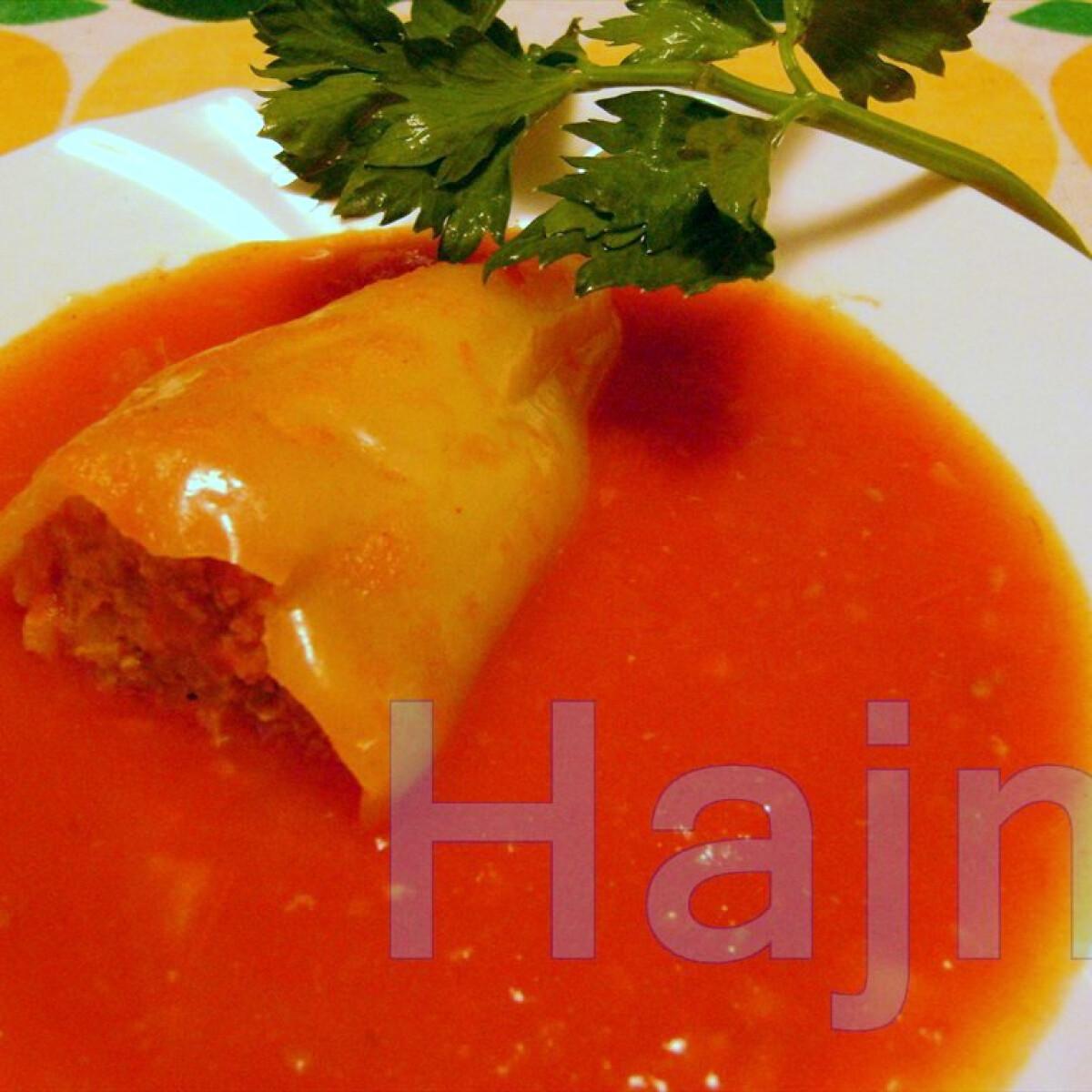 Ezen a képen: Töltött paprika Jahin konyhájából