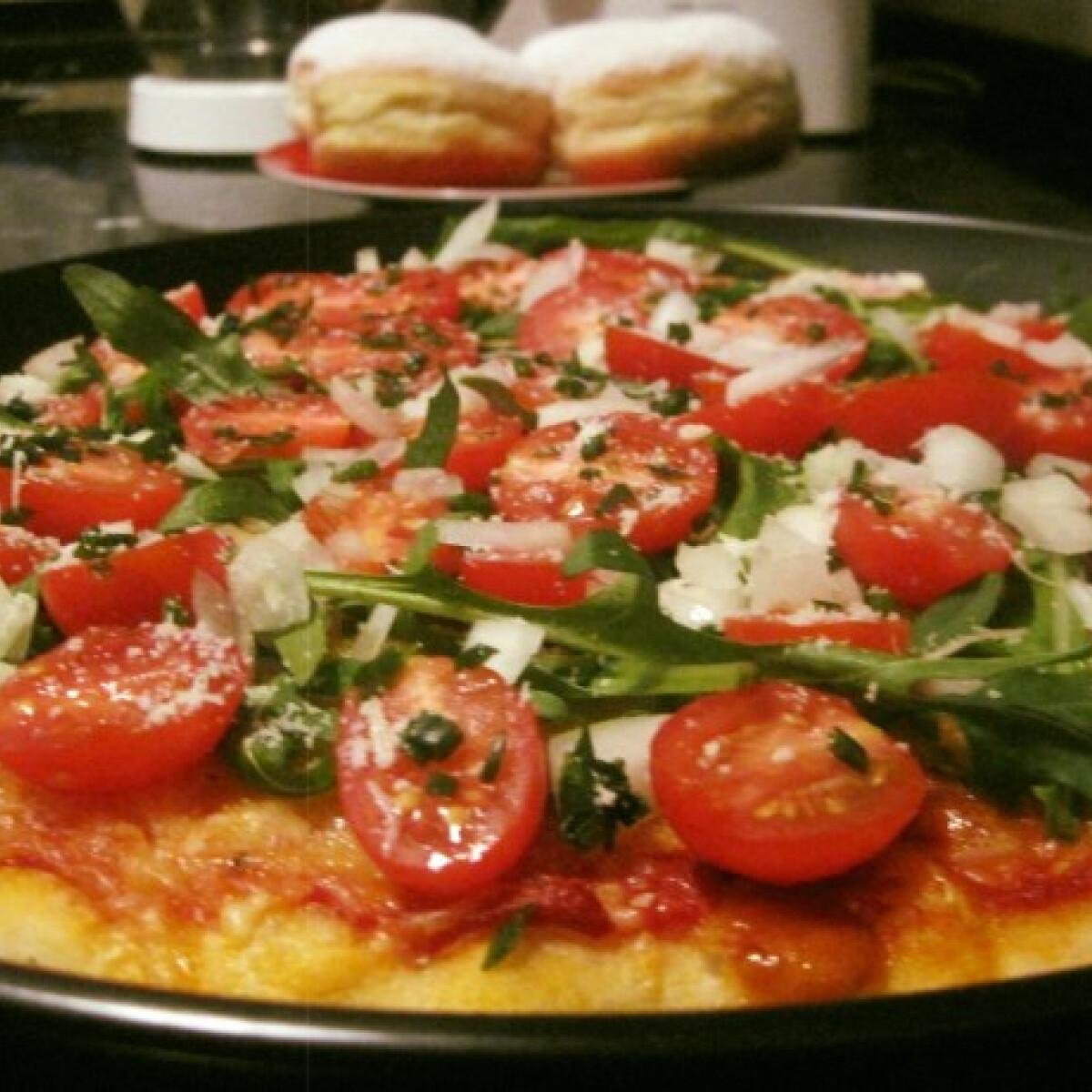 Sörrel készült pizzatészta, vegetáriánus feltéttel