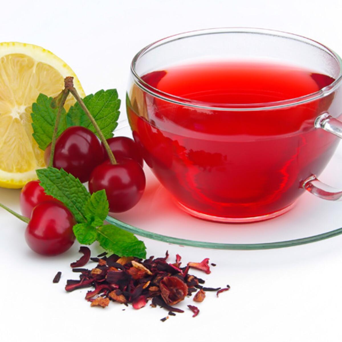 Ezen a képen: Mandulás-meggyes zöld tea