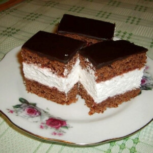 Habos lekváros csokikocka
