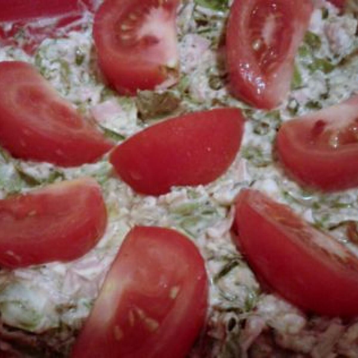Ezen a képen: Zölfűszeres krémsajtos saláta