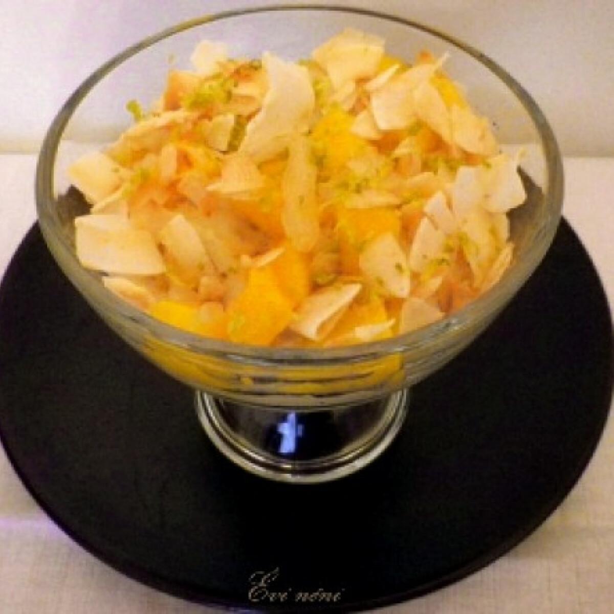 Ezen a képen: Mangós rizsédesség kókusszal