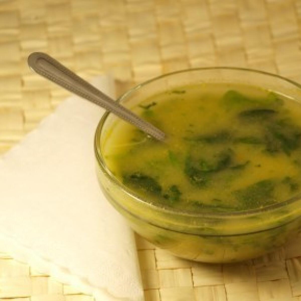 Ezen a képen: Portugál spenót leves