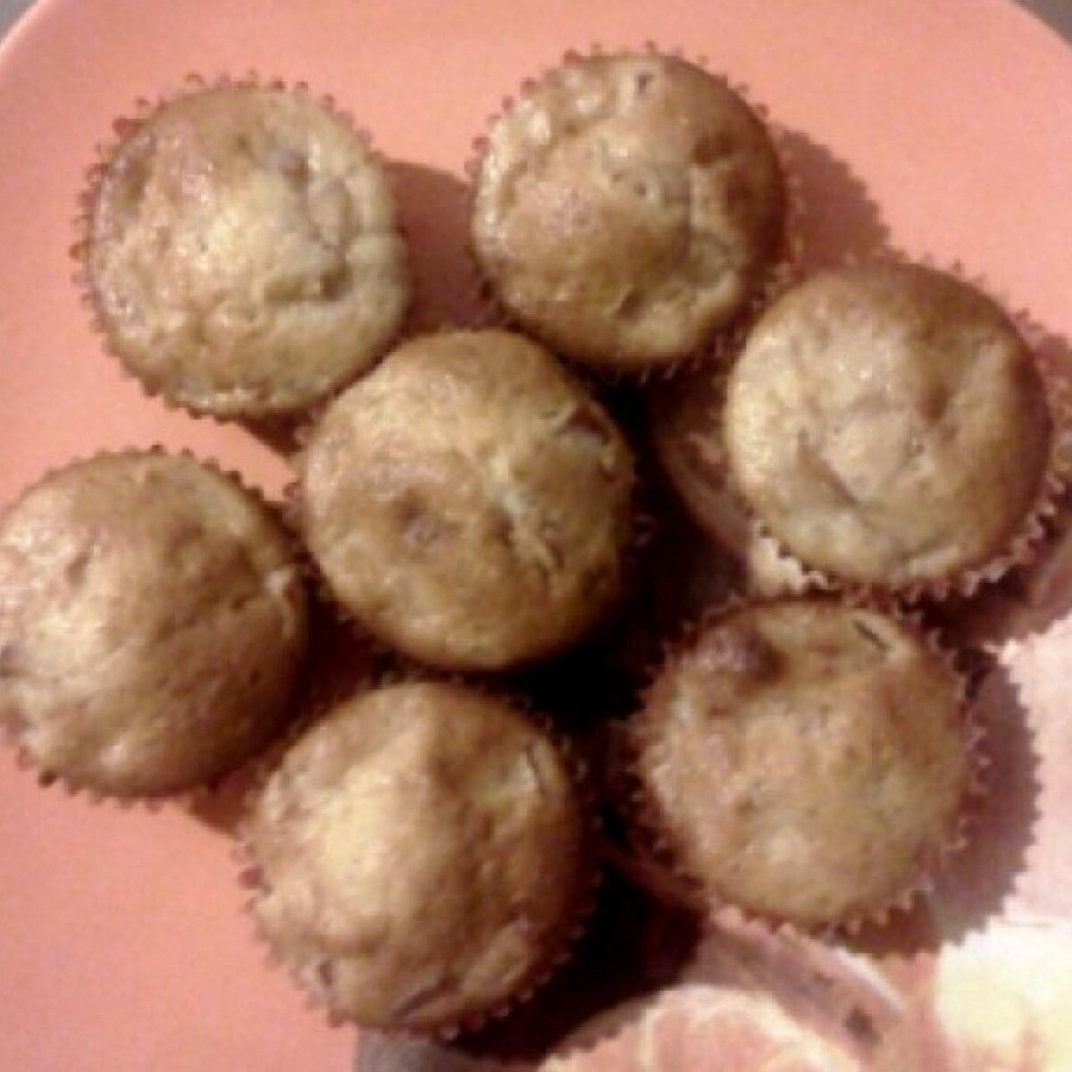 Ezen a képen: Almás-fahéjas muffin