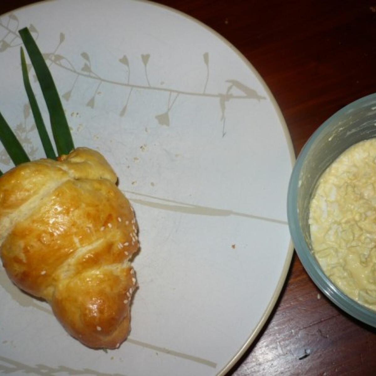 Répa süti tojáskrémmel