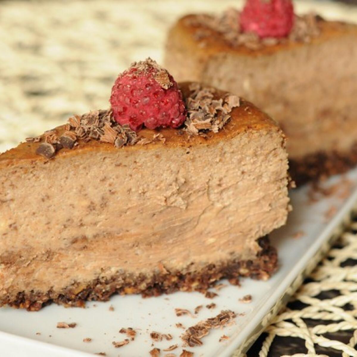 Ezen a képen: Csokoládés sajttorta