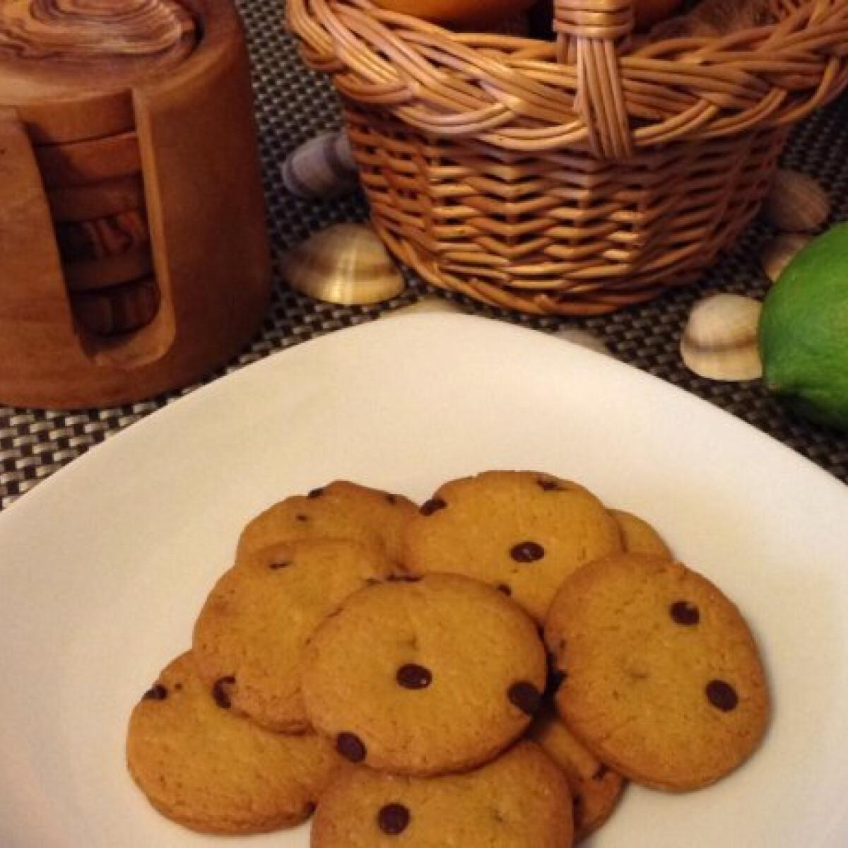 Ezen a képen: Kamut keksz csokidarabokkal