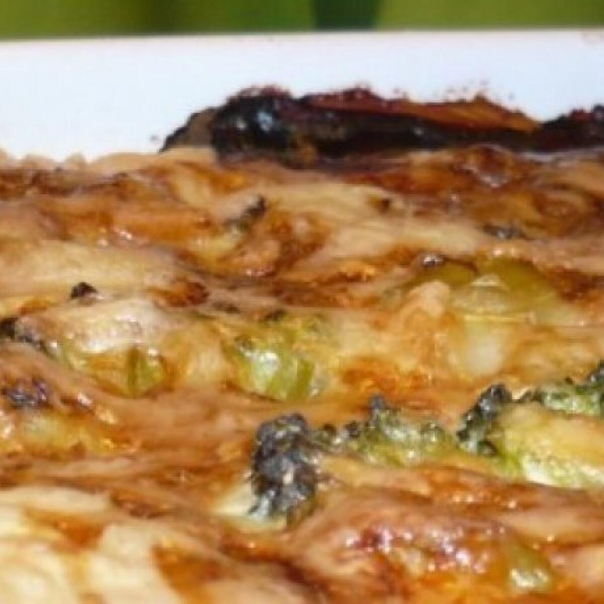 Svéd brokkolis-sonkás pite