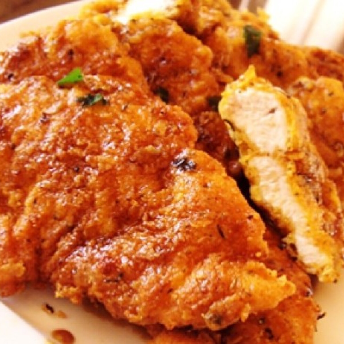 Puha-ropogós fokhagymás-mézes csirkemell