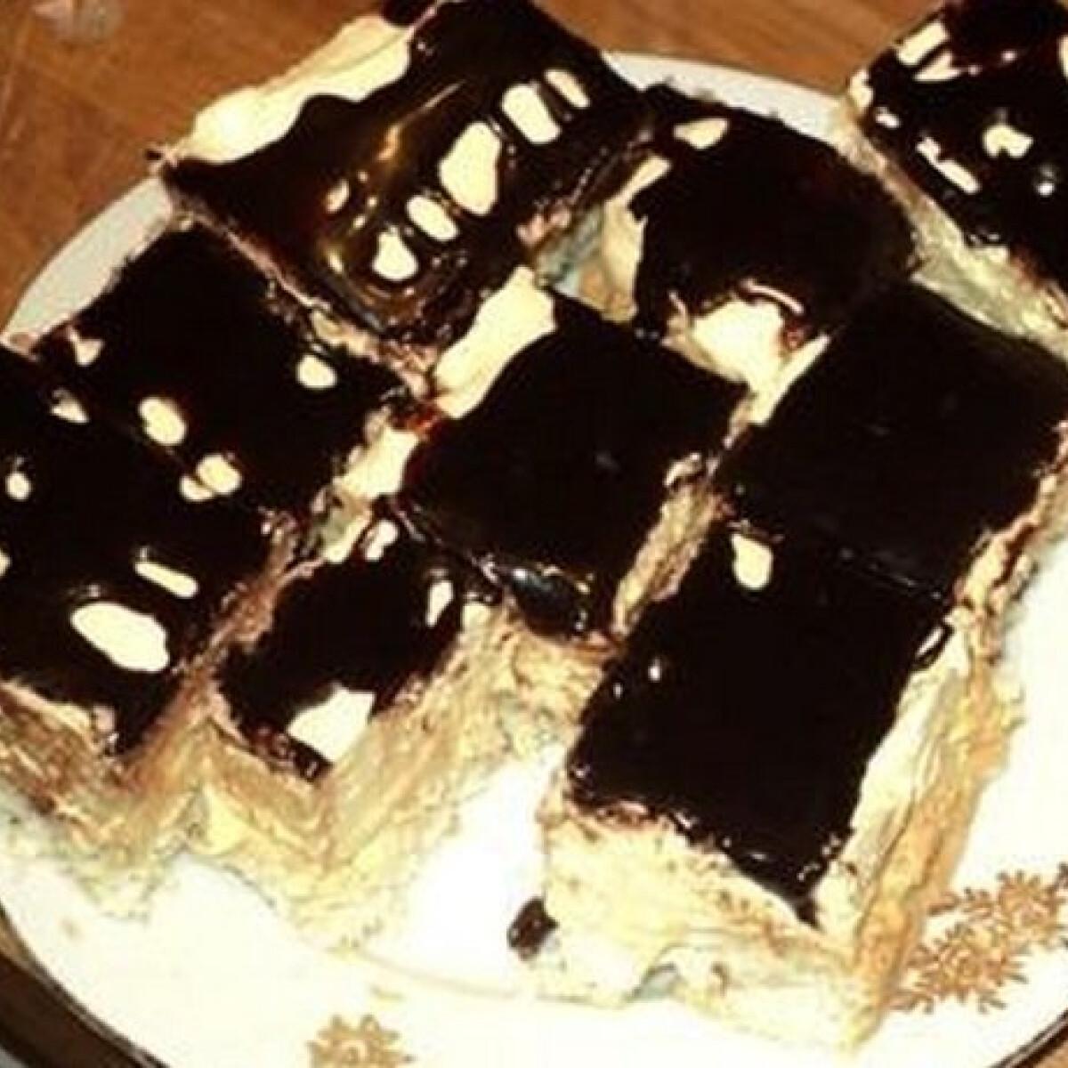 Ezen a képen: Kókuszos sütemény Marától