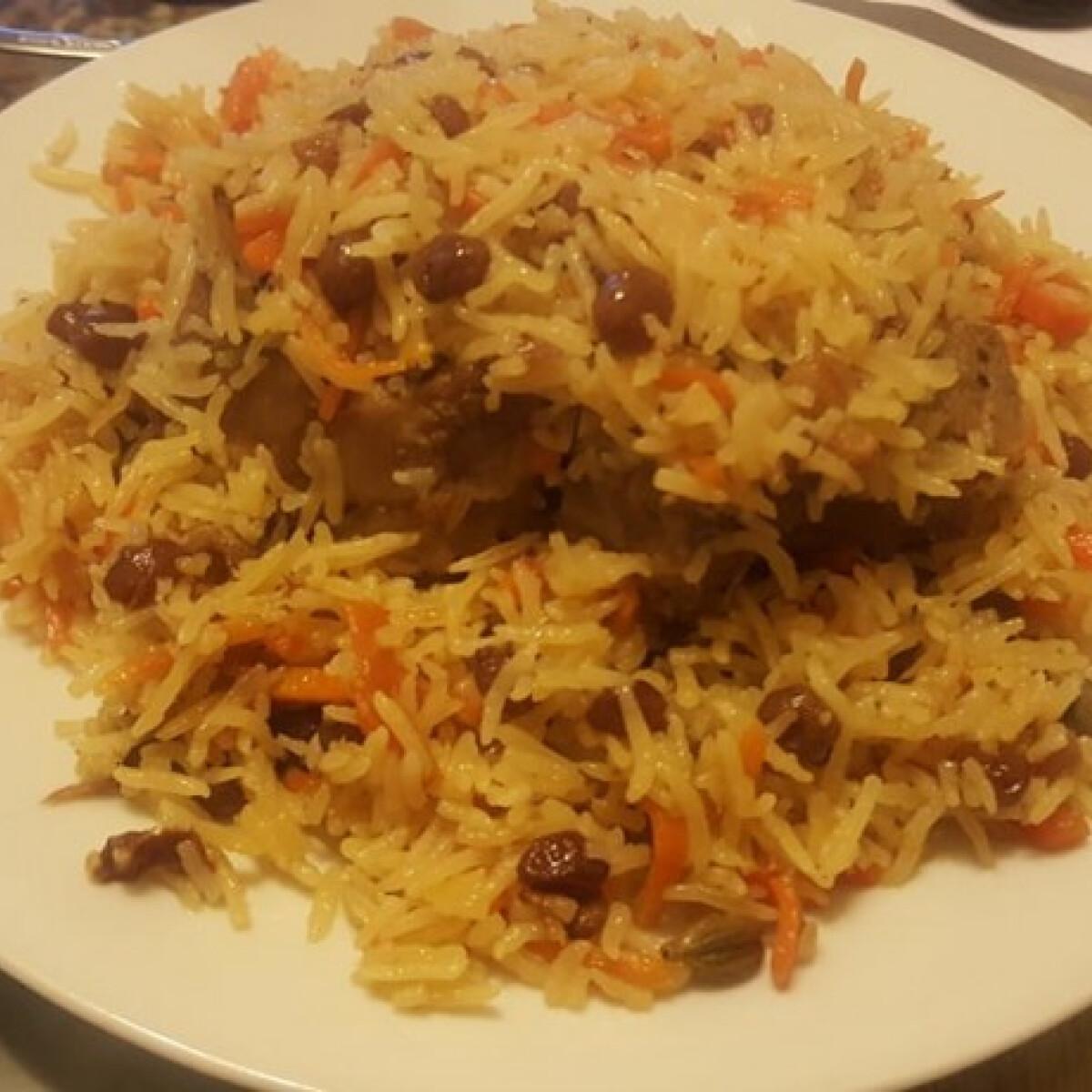 Ezen a képen: Afgán rizs bárányhússal