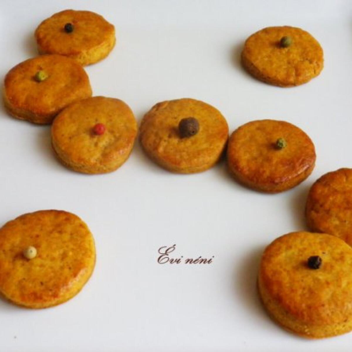 Ezen a képen: Borsos keksz