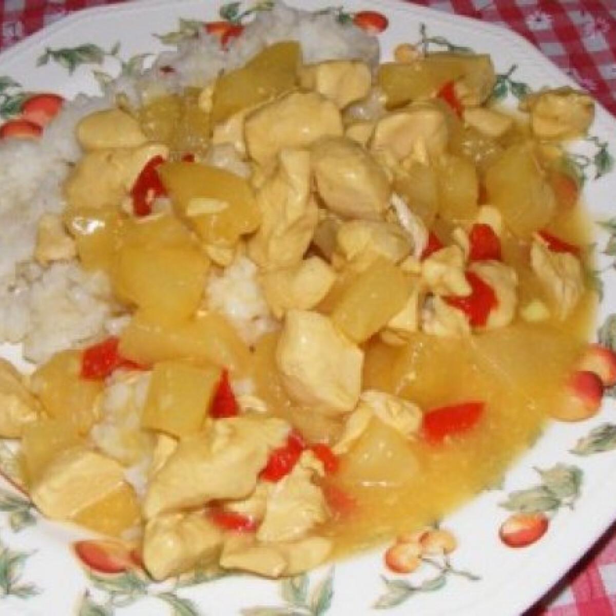 Ezen a képen: Currys - ananászos csirke