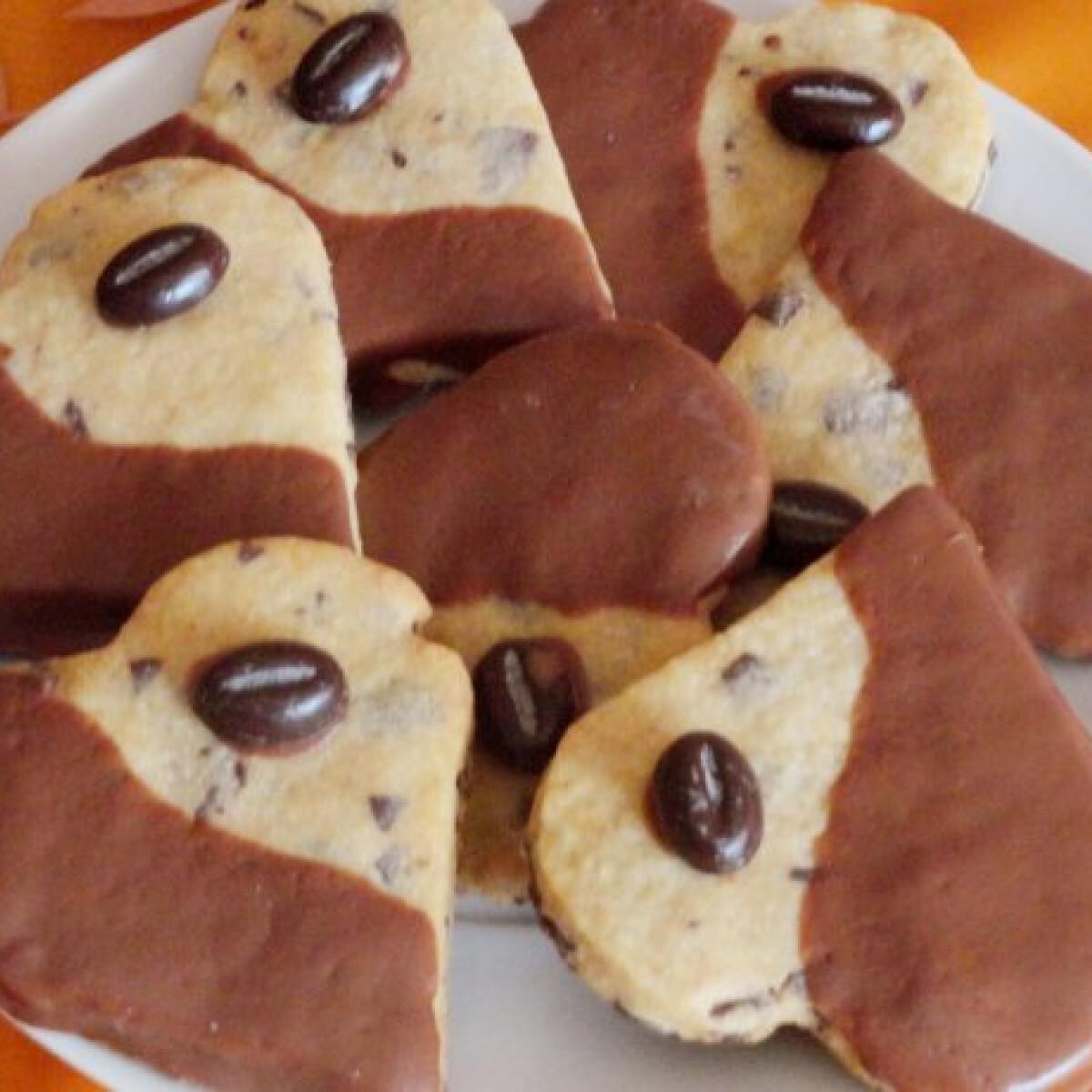 Ezen a képen: Cappuccinos csokoládészívek