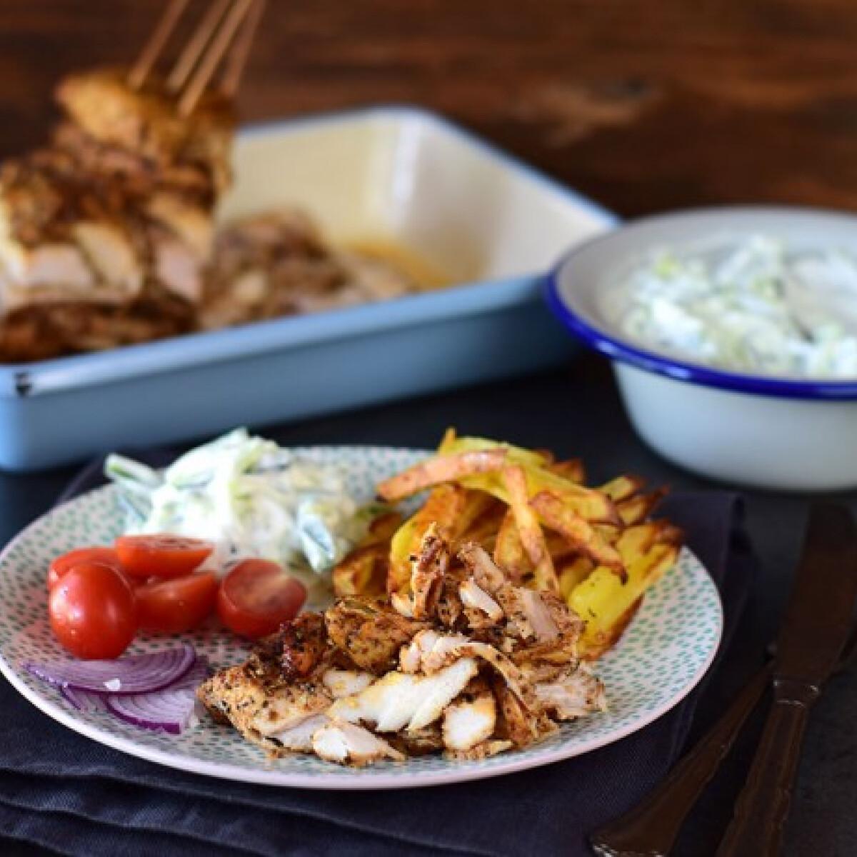 Gyros tál szaftos csirkével