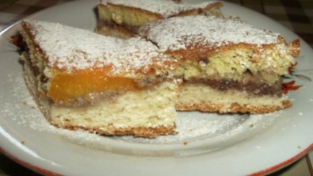 Diós-barackos sütemény