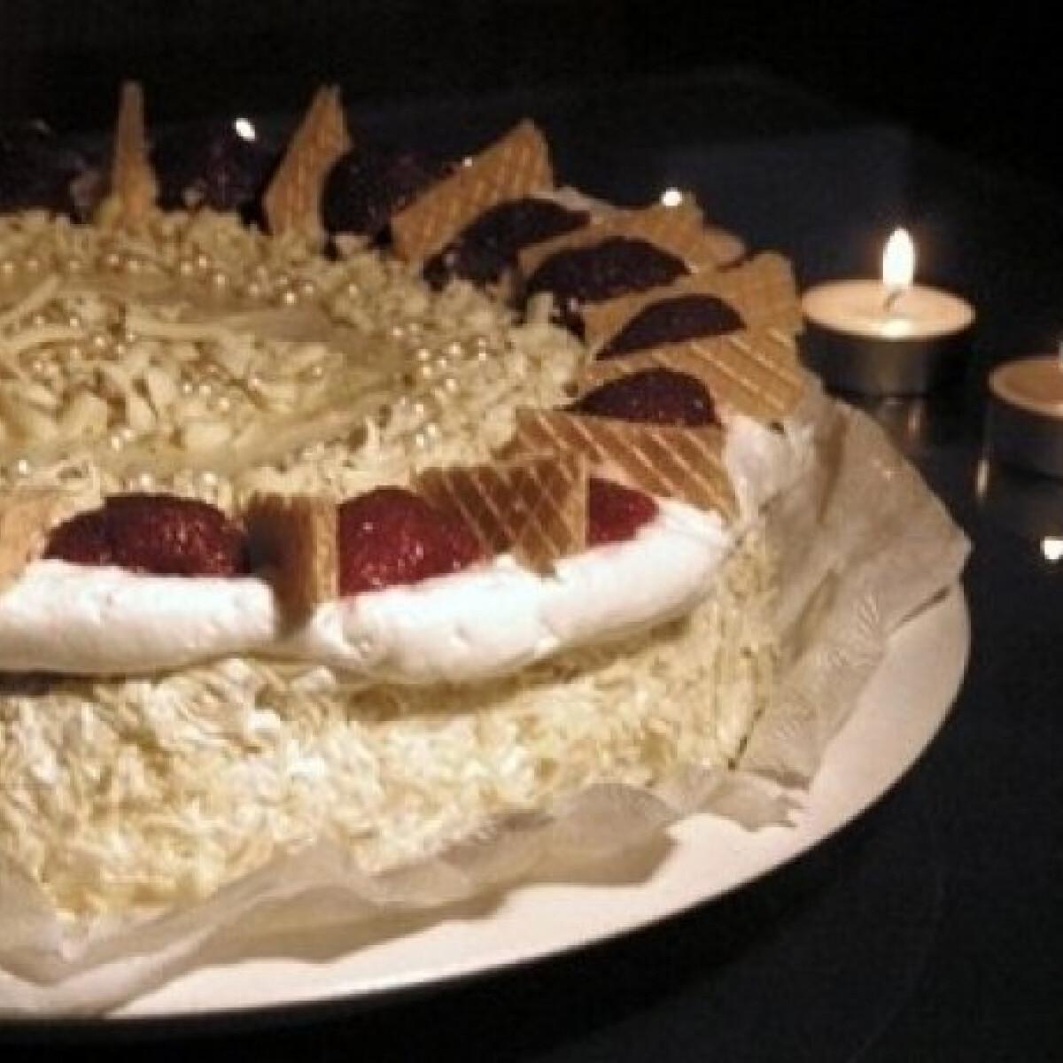 Festői vaníliás-epres torta