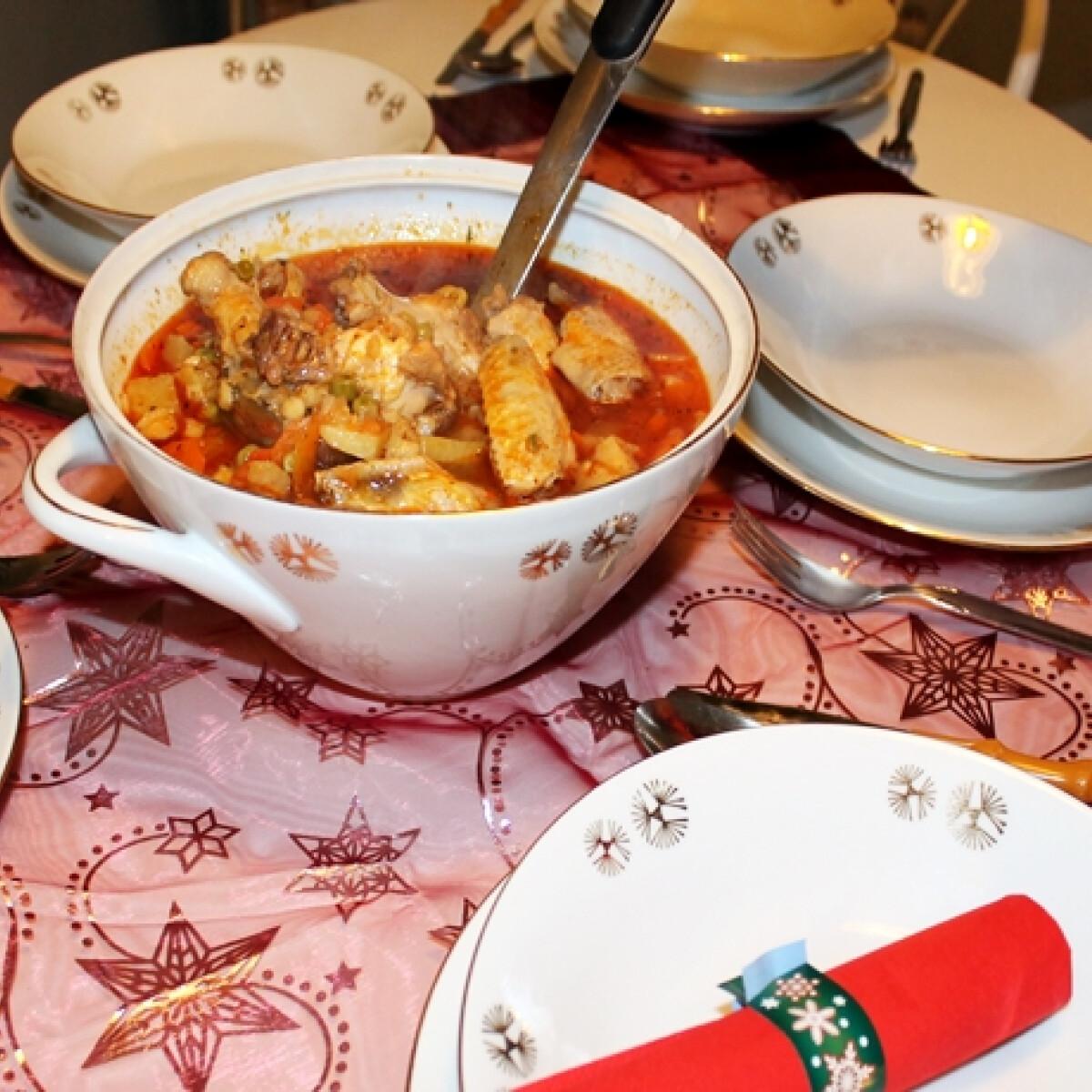 Ezen a képen: Gombás-borsós csirkeleves karácsonyra