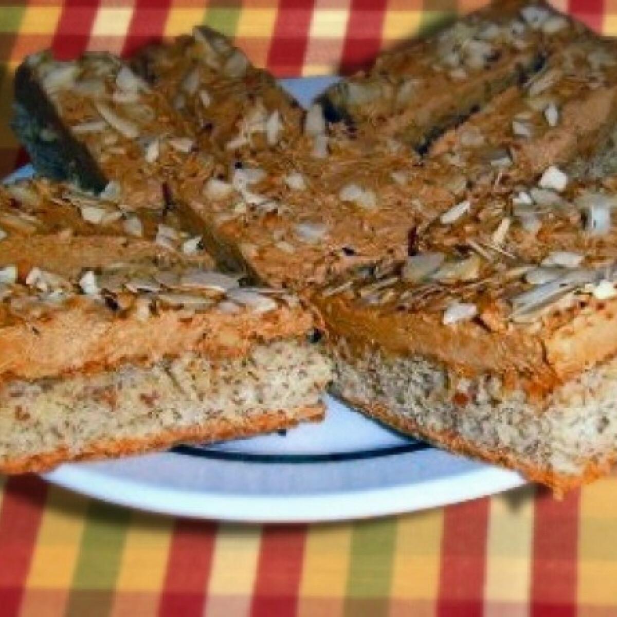 Ezen a képen: Diós-kávékrémes süti