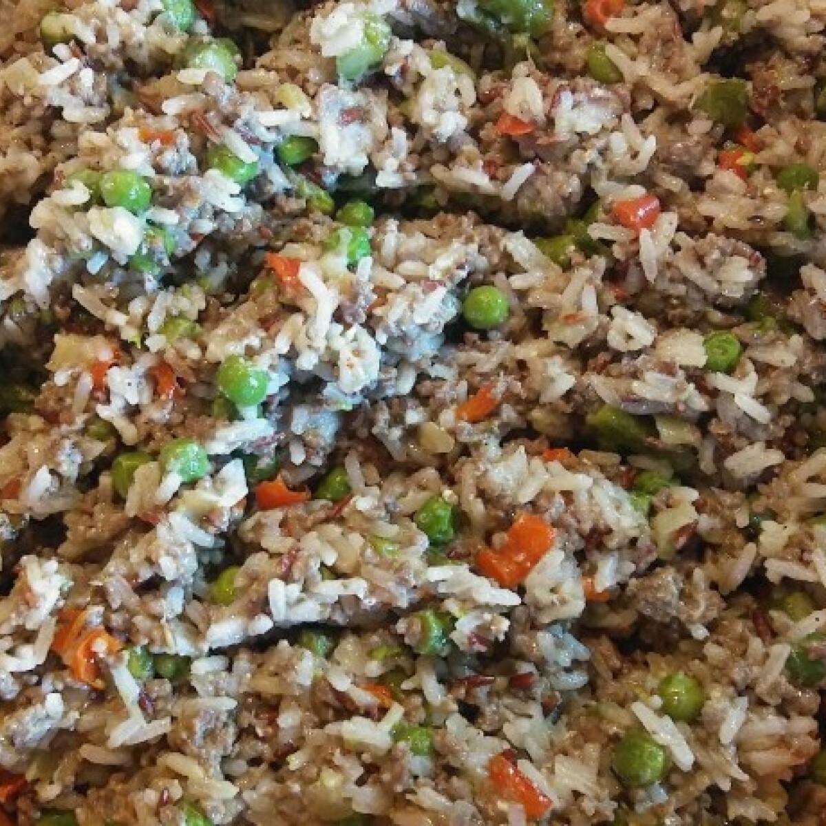 Zöldséges-darálthúsos-rizses egytálétel