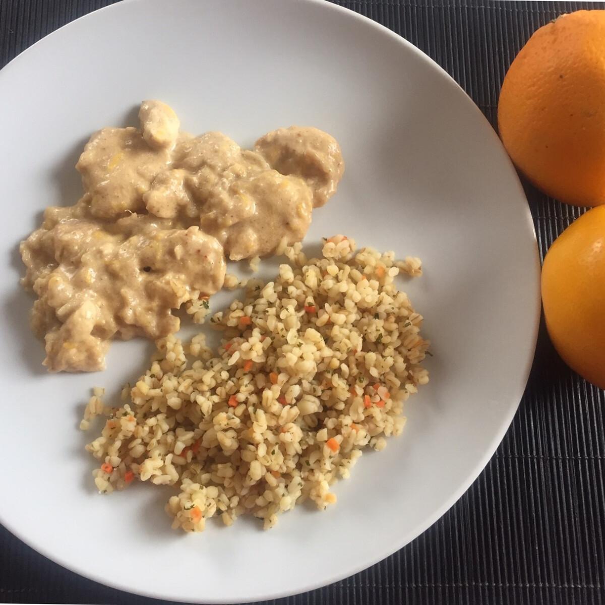 Ezen a képen: Narancsos csirkemell Pogácsa konyhájából
