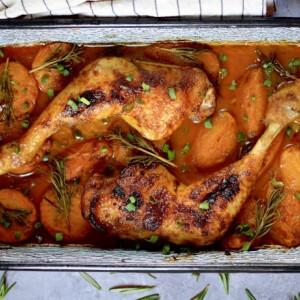 Sárgabarackos-rozmaringos csirkecomb