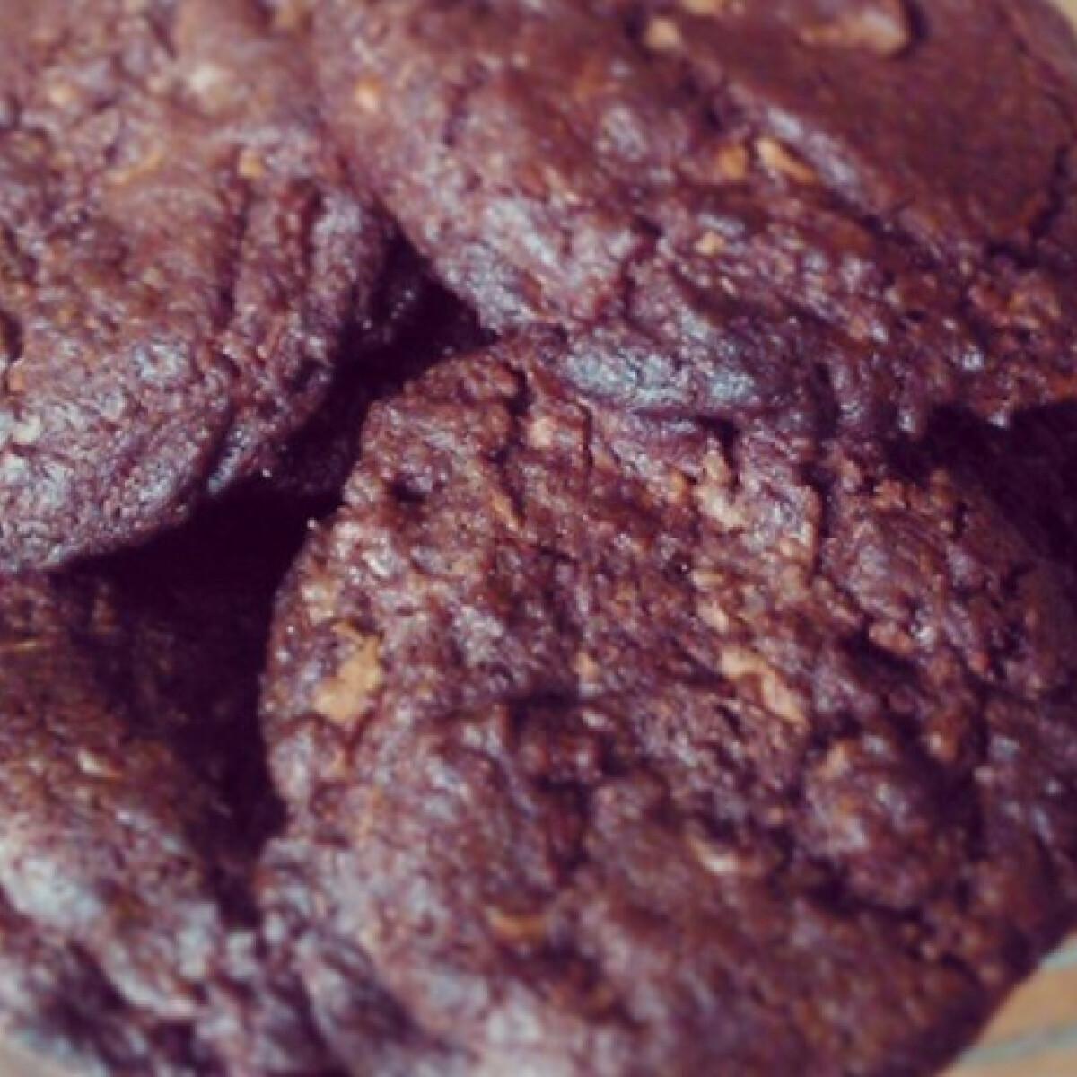 Dupla csokis-omlós amerikai cookie
