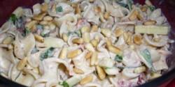 Cukkinis-paradicsomos tésztasaláta