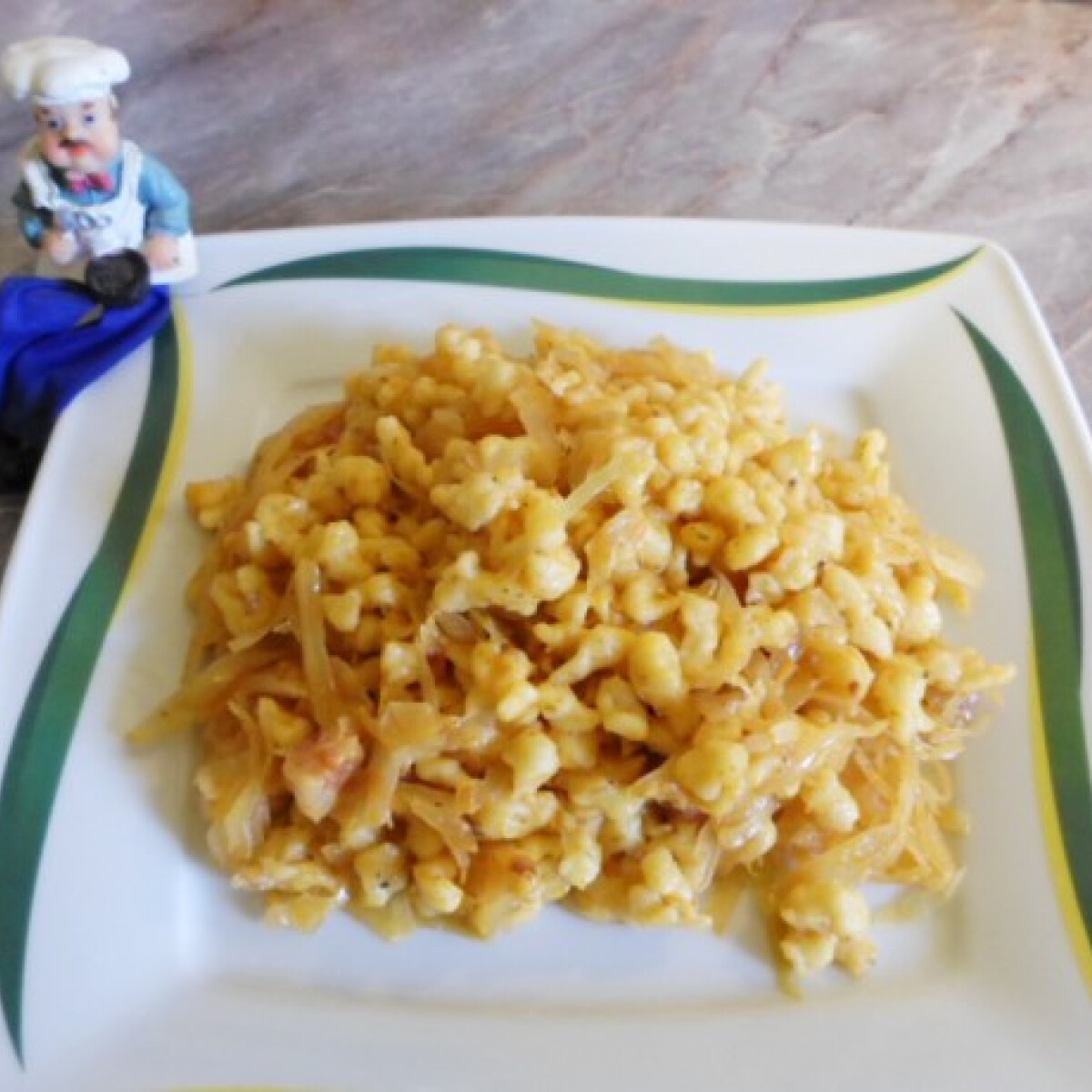 Ezen a képen: Káposztás sztrapacska Csilla konyhájából