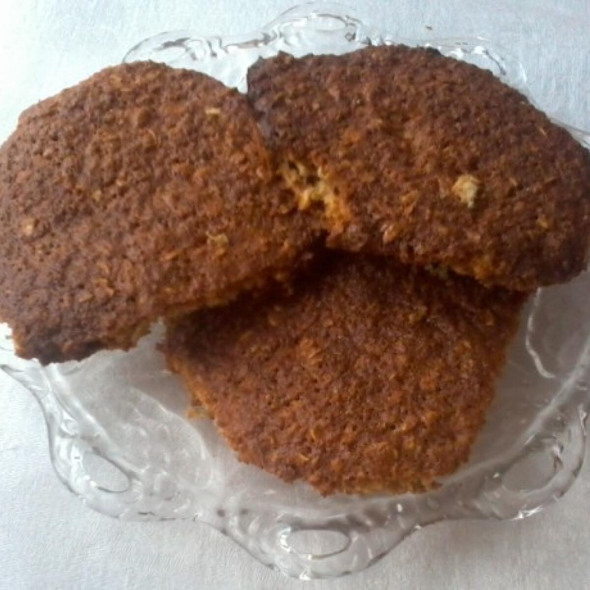 Ezen a képen: Mézeskalácsos zabpehely keksz