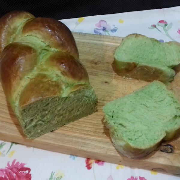 Sós, szerecsendiós, zöld, fonott kalács