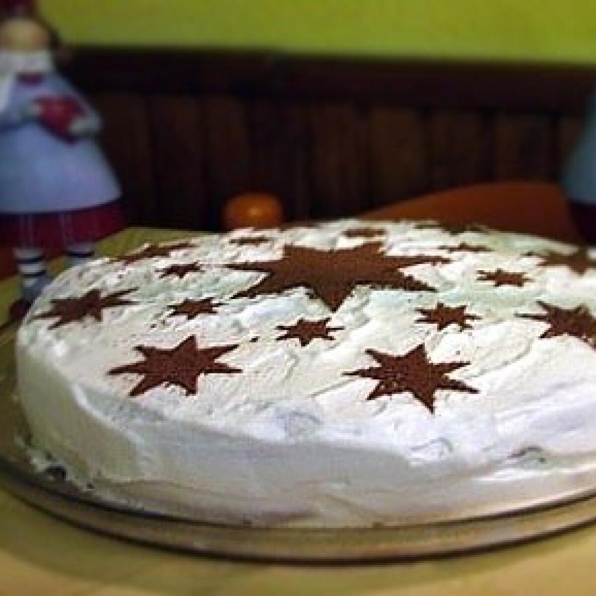 Ezen a képen: Tejszínes-csokis torta