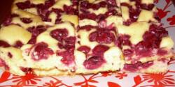 Meggyes-joghurtos pite